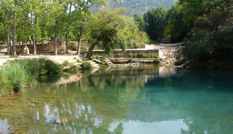 Cuatro piscinas naturales para ba arse este verano en for Piscinas naturales alicante