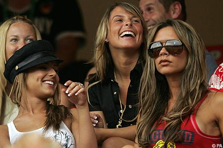 Las Mujeres De Los Futbolistas Y La Moda La Otra Alineación
