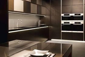 El dise ador de interiores vicente navarro adquiere la exclusiva de armani en cocinas - Disenador de cocinas ...