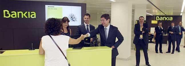 Bankia reabre su oficina de roger de lauria para cr ditos for Oficinas de bankinter en valencia