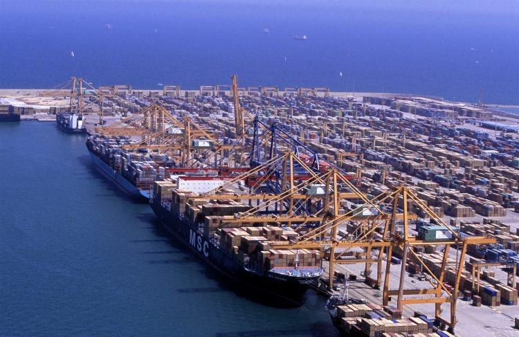 El negocio mar timo entre valencia y singapur apunta al alza - Laydown puerto valencia ...