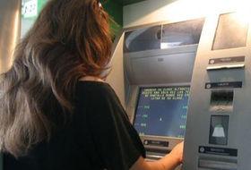 Ocho bancos y dos cajas se unen en un pacto anti for Cajeros sabadell valencia