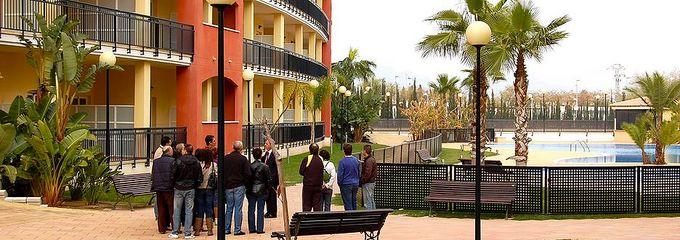 Sabadell encaja en su inmobiliaria solvia los inmuebles for Oficinas sabadell cam en valencia