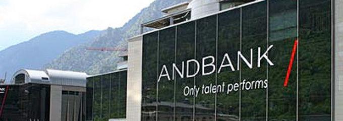 Andbank elige valencia y alicante como sus pr ximos for Oficinas la caixa alicante