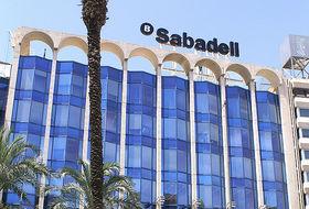 Sabadellcam lanza un 39 megadep sito 39 al 6 para recuperar a for Sabadell cam oficinas