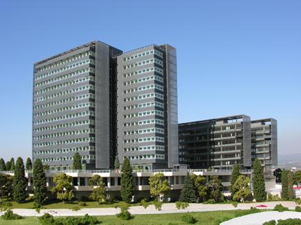 Iberia se lleva su plantilla a un edificio alquilado para - Oficinas santa lucia madrid ...